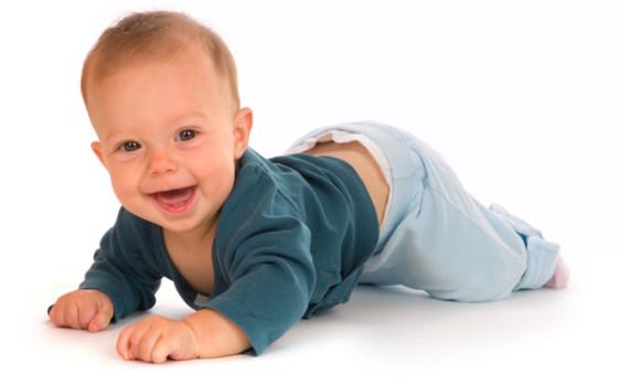 crawling-baby-boy